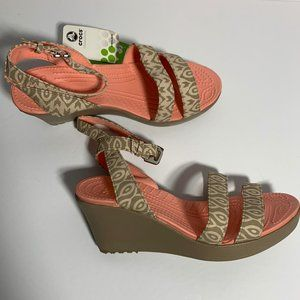 NWT Crocs Leigh Graphic Wedge Sandal Strappy Heel